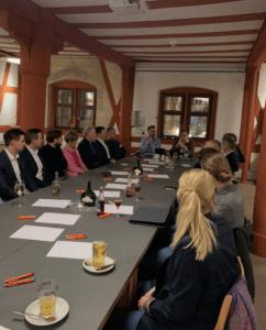 """Digitalisierungsdialog """"Gemeinsam voneinander lernen – offener Austausch regionaler Unternehmen und Führungskräfte"""""""