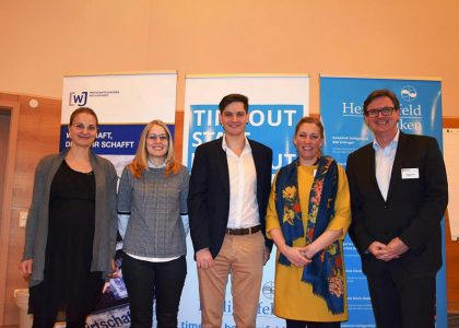 Foto zeigt (von links) Barbara Gutmann, Eva Kirchner, Referent Dominik Lindner, Corinna Schumm und Stephan Greb. Foto: Lydia Molea
