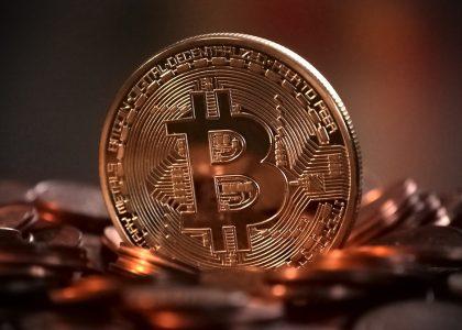 bitcoin-2007769_960_720