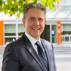 Foto Prof. Dr. med. Christoph Reichel